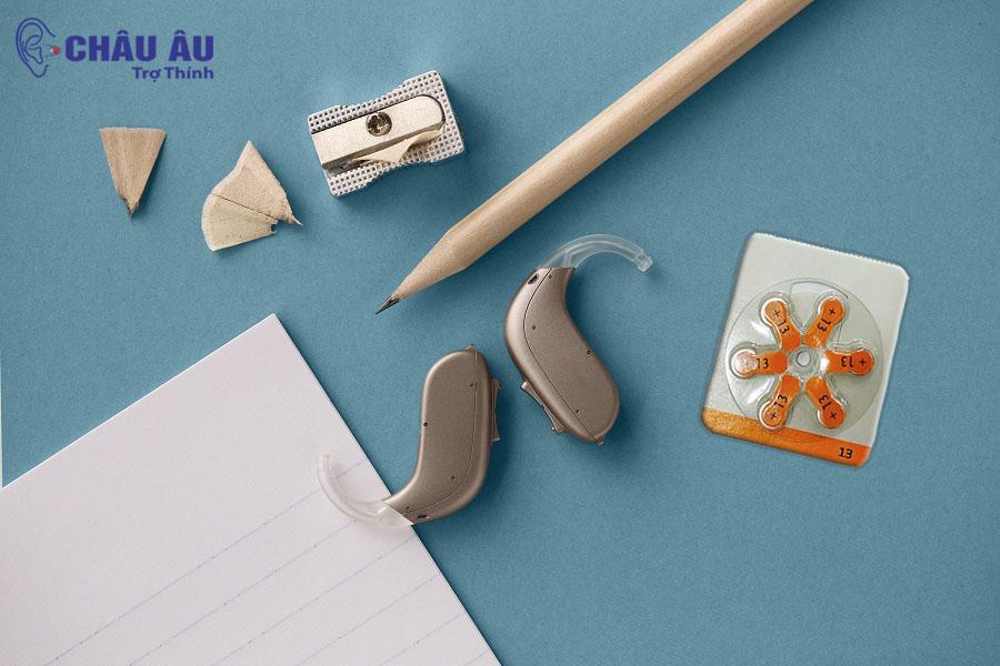 Oticon máy trợ thính nhỏ gọn, an toàn, dễ sử dụng