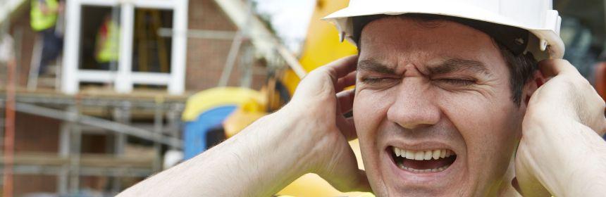 Điếc tai nghề nghiệp thường xảy ra với những người phải thường xuyên làm việc trong môi trường ồn ào