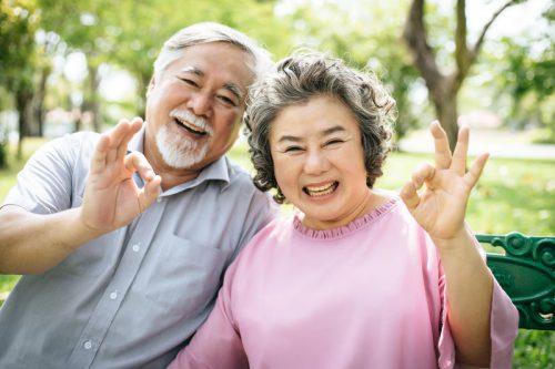 Cuộc sống vui khỏe nhờ sử dụng máy trợ thính Oticon