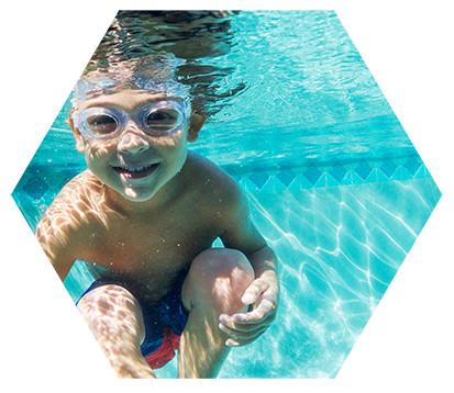 Thoải mái vui đùa dưới nước với Swim kit Neuro 2